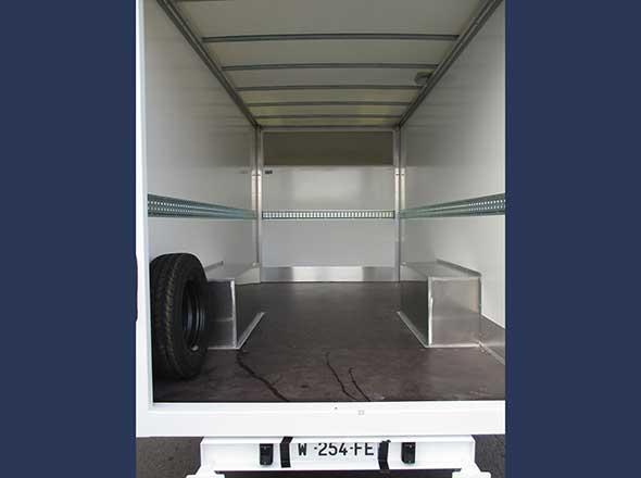 Aménagement spécifique plancher cabine vue arrière